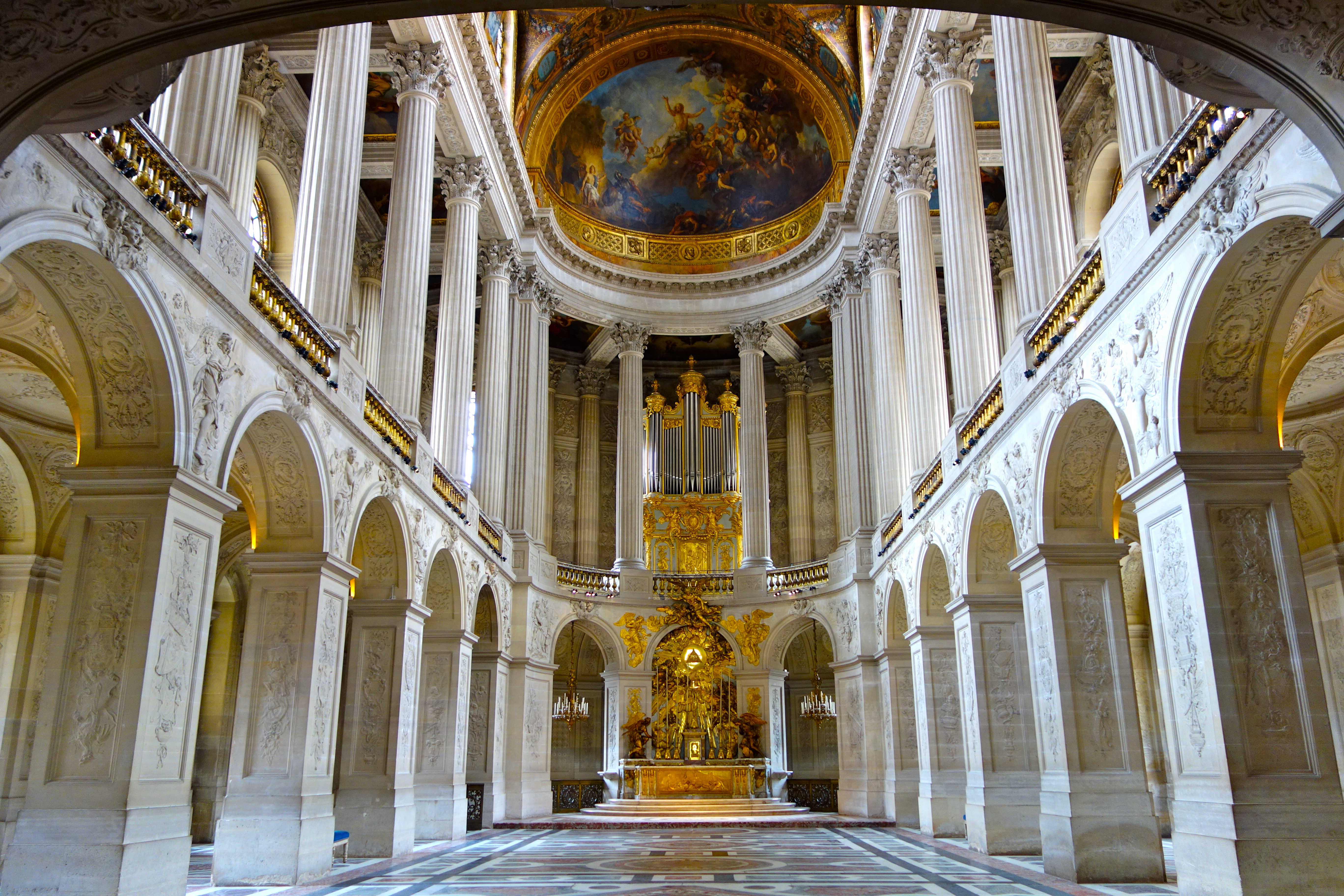 Versailles Palace | Setting The Barre
