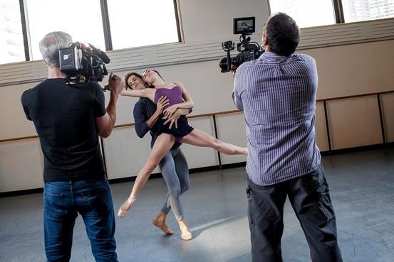 NY-CP793_ballet_G_20131006185142