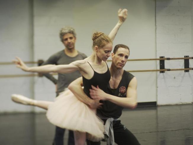 _ChoreographerGinoDiMarco,AlanAlbertoandRuthB.WhitneyRehearsing_TheFirebird_.CreditBillWhitney
